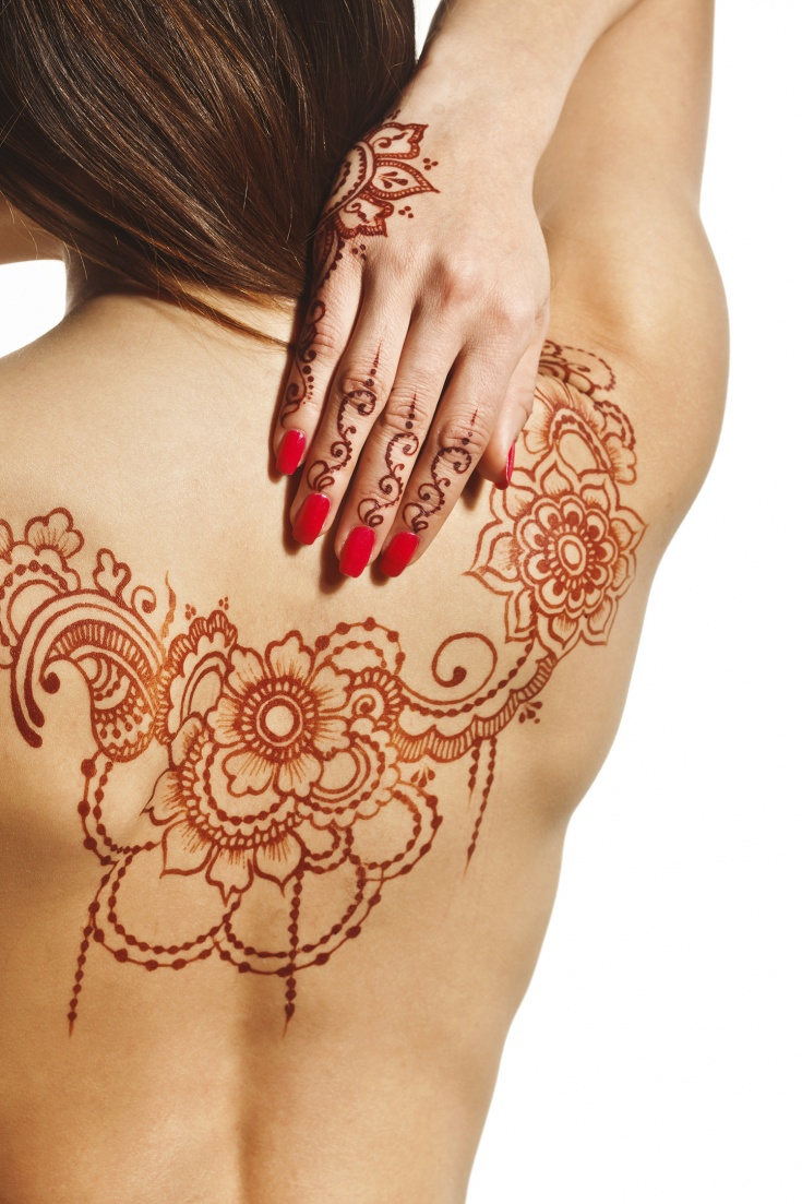 tatouage non permanent ros e de la reine